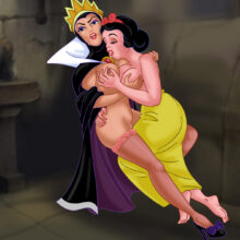 Snow White and the Evil Queen have hot lesbian sex xl-toons.win